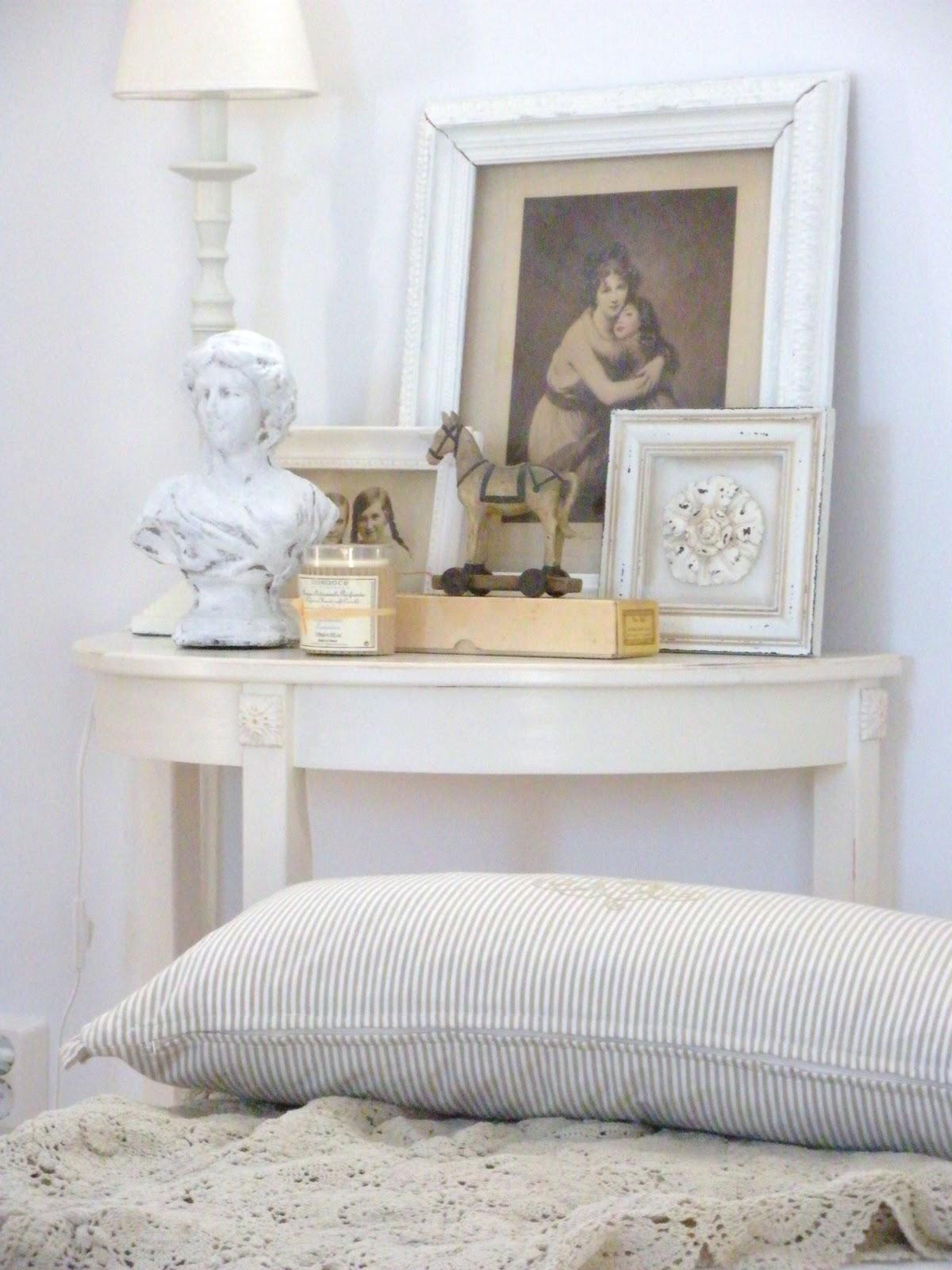 Lilla lycksta: vitt i vardagsrummet