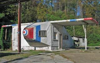 Airplane Service Station