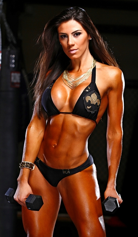 Female Fitness and Bodybuilding Beauties: Carol Saraiva ...