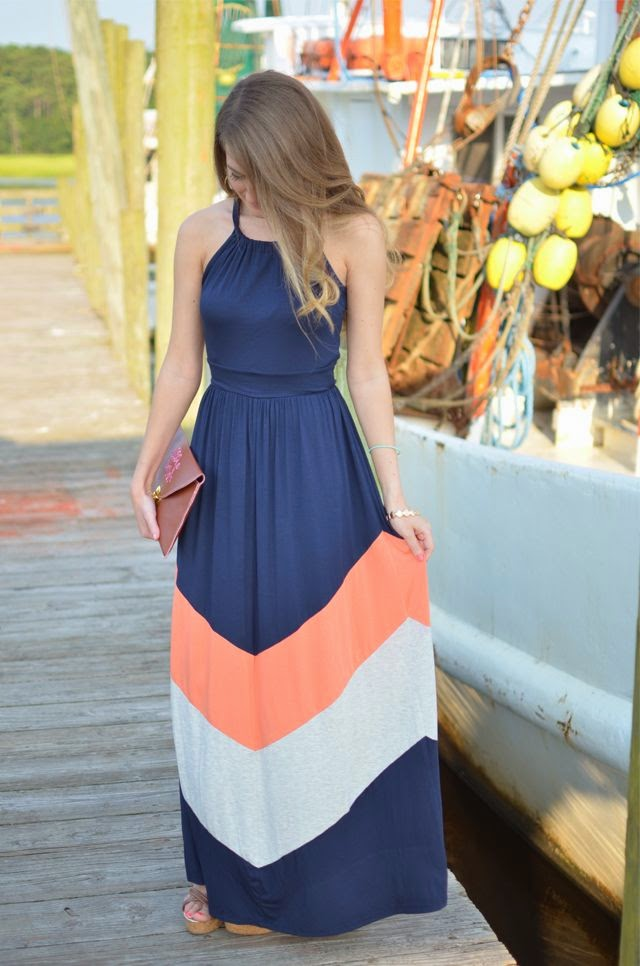 Southern curls and pearl,perfect summer dress