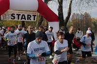Maratonul Reintregirii Neamului Romanesc 2012 - parcul IOR, Bucuresti. Start
