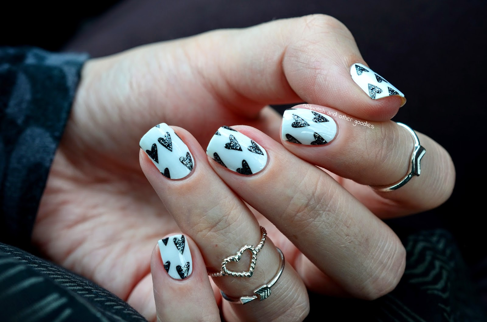 nailpolish and other goodies: Miss Sophie`s Nail Wraps- XOXO