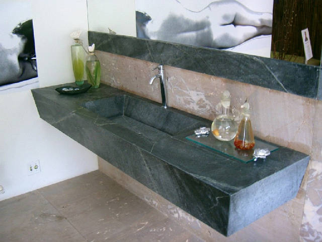 the granite gurus 10 bathrooms with soapstone