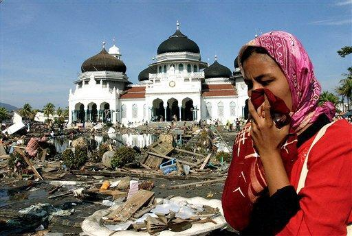 Mengingat Sewindu Tsunami Aceh