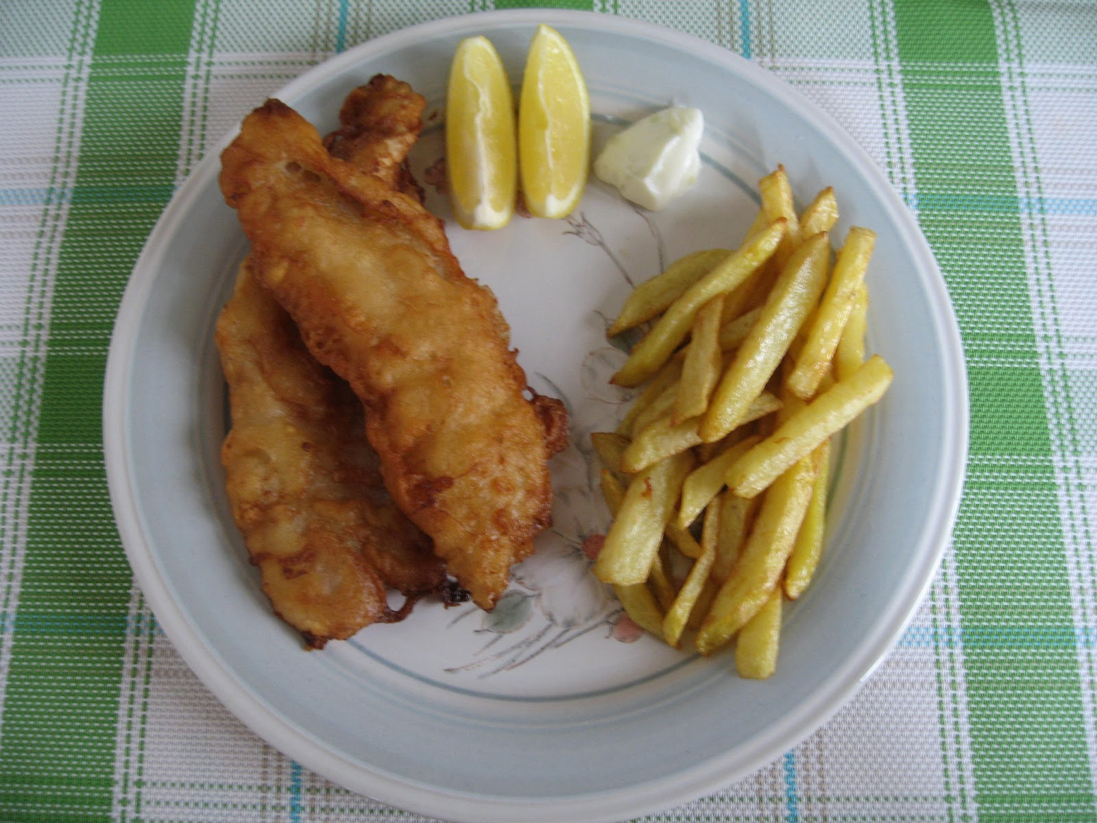 Sumptuous flavours beer battered fish chips for How do you make batter for fish