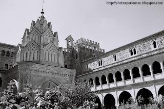 Claustro gótico mudéjar - Mudejar Gothic cloister