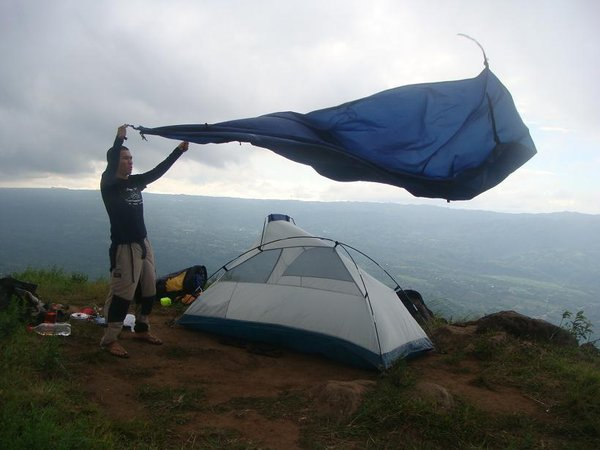 The flysheet and inner canopy of my Coleman Pioneer 2 @ Mt Talamitam & LAGATAW: Buying a Tent