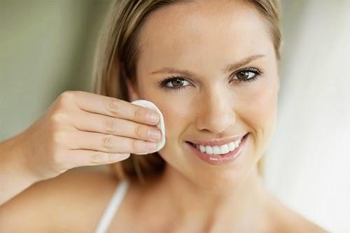 Phòng và điều trị mụn dưới da