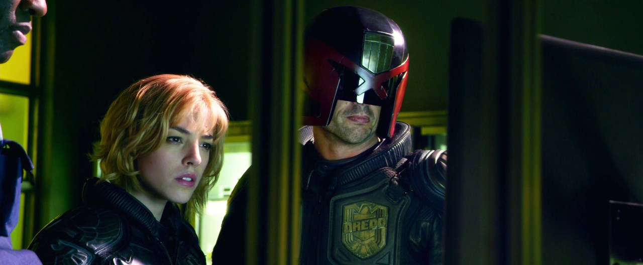 Dredd [2012] [720p BDRip] [XviD] [Ingles - Esp. Latino]