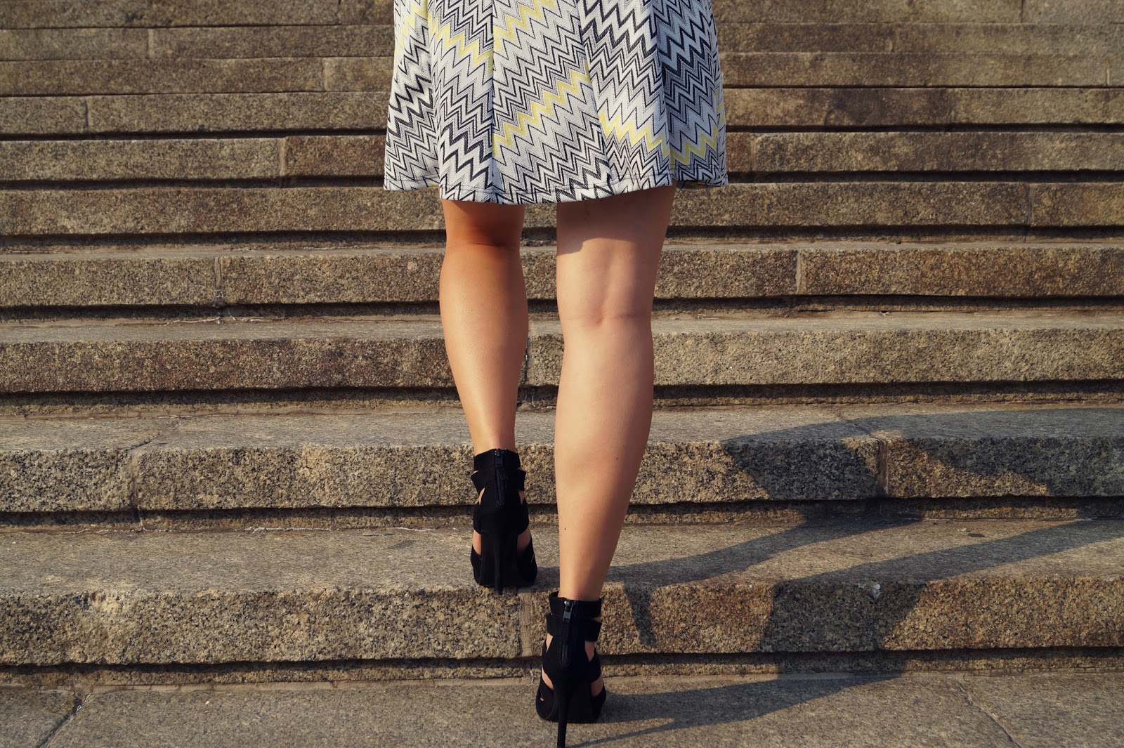 42. Zigzag dress