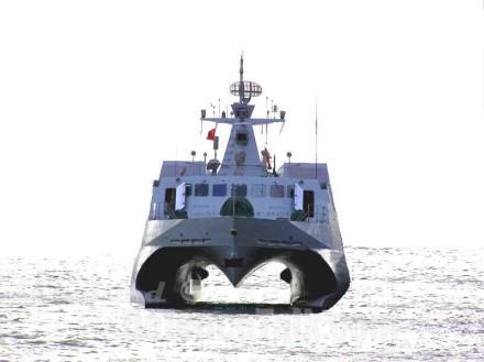 مفهوم الشبحية و تطبيقها في المجال البحري  FAC2208