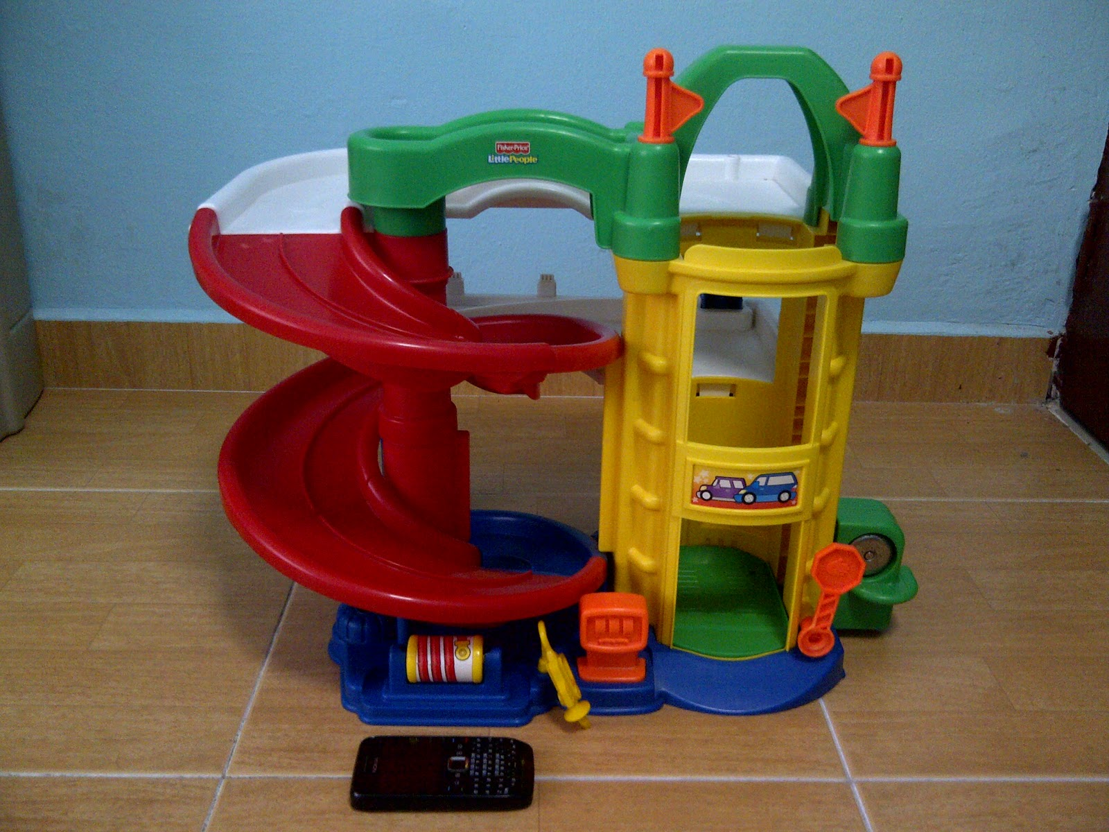 Special toys shop fisher price little people garage - Fisher price little people racin ramps garage ...