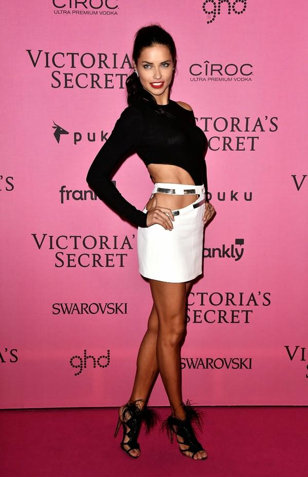 Adriana Lima la petrecera de lansare din Londra