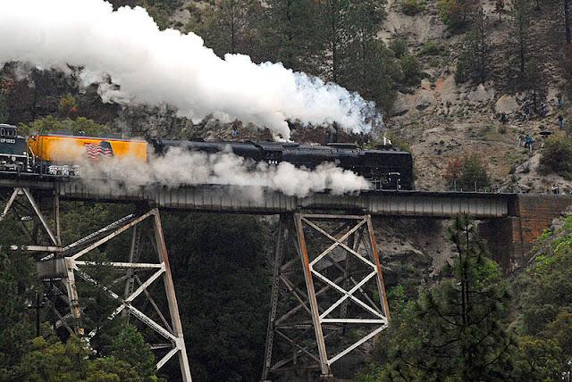 Gambar Kereta Api Lokomotif Uap Union Pacific Northern 4-8-4 844 06