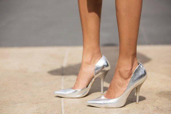 Stiletto Yang Bikin Wanita Jadi Lebih Cantik, Elegan dan Seksi