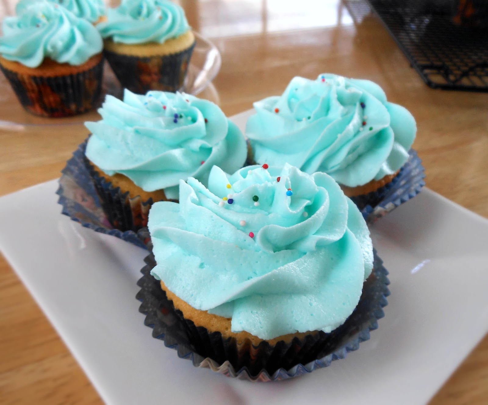 freezing cupcakes with frosting