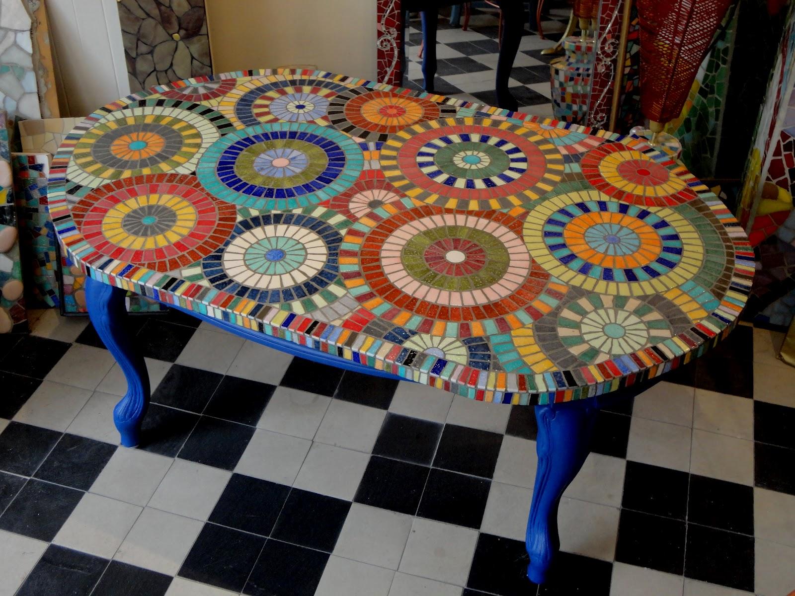 mosa ques les flocats plateaux de tables. Black Bedroom Furniture Sets. Home Design Ideas