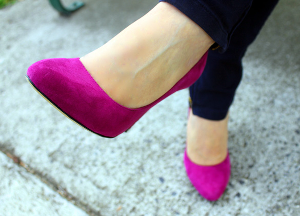 Magenta Tony Bianco Pumps