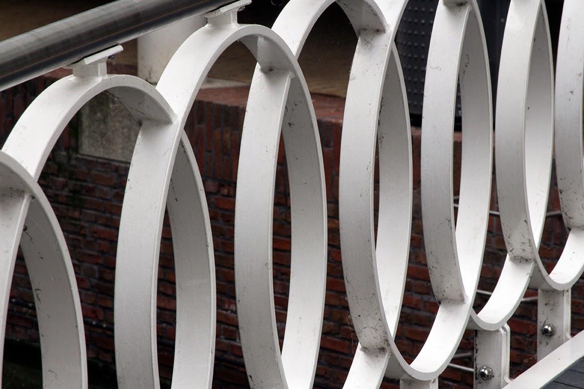 white circular railing