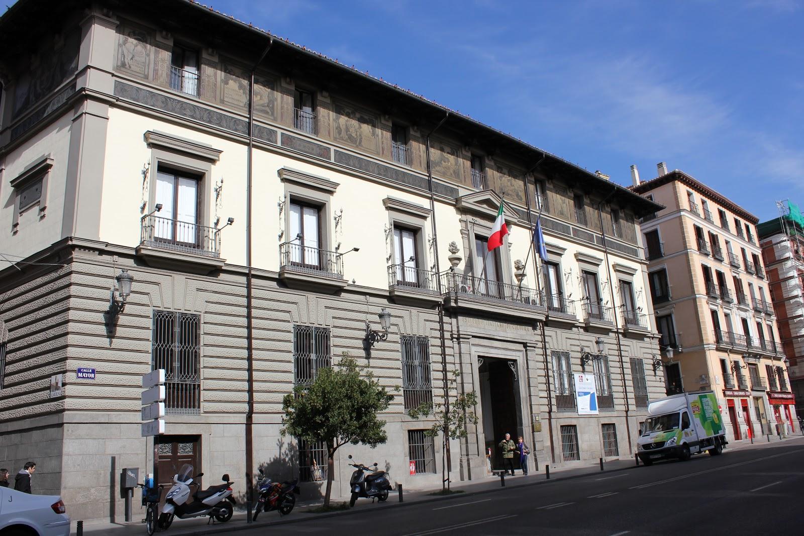 Maravillas ocultas de espa a madrid para madrile os y for Instituto italiano de cultura madrid
