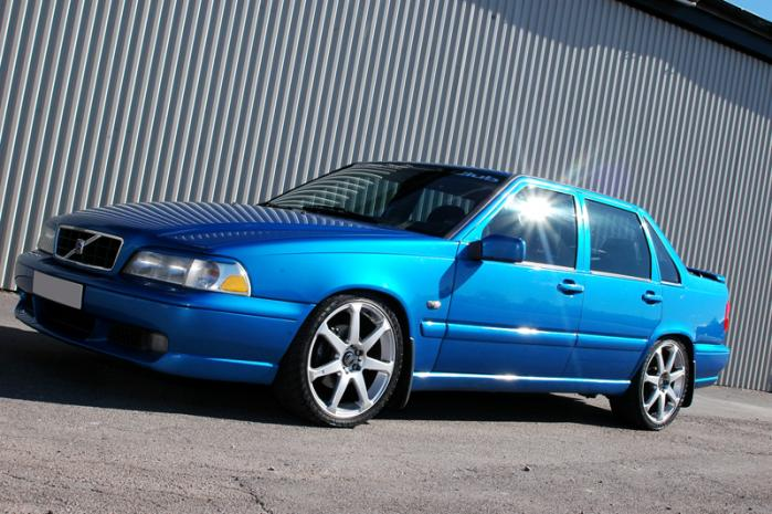 99 WALLPAPERS: Volvo S70 CAR WALLPAPERS