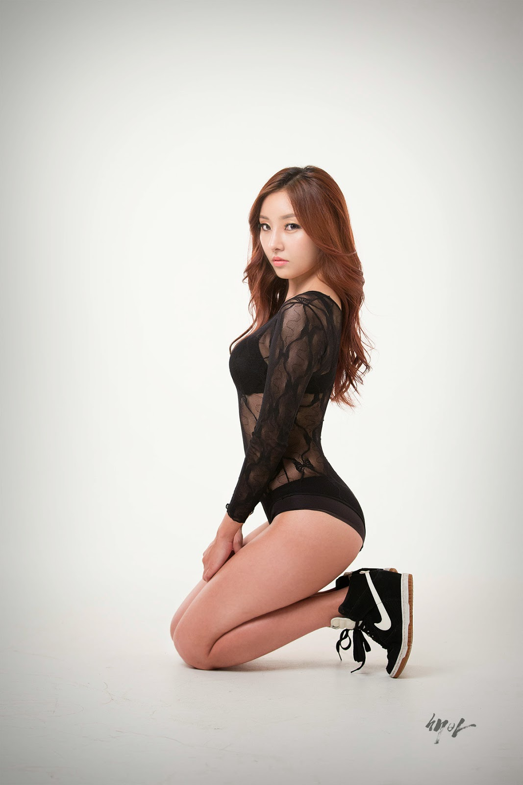 2 Just the usual hot stuff from Lee Hyun Ji - very cute asian girl-girlcute4u.blogspot.com