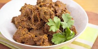 rendang, Sepuluh Makanan Paling Yummy di Dunia