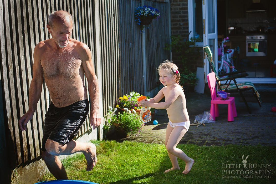 London Summer with grandpa | Child Photography in East London