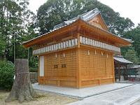 過去の台風で63年ぶり神楽殿は再建した。