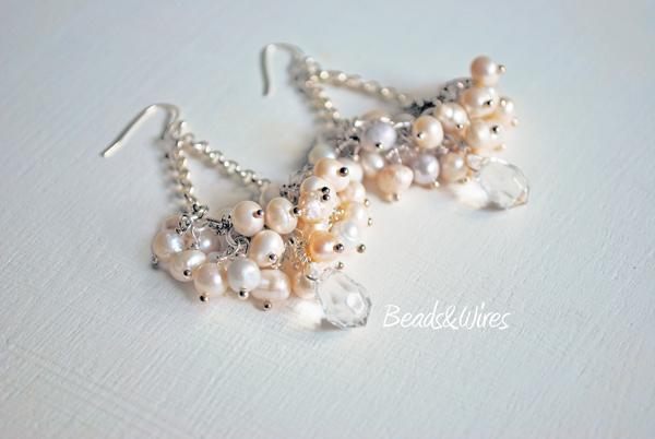orecchino grappolo perle