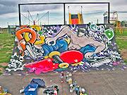 Dibujos y Graffitis sobre rampas de Skate mau