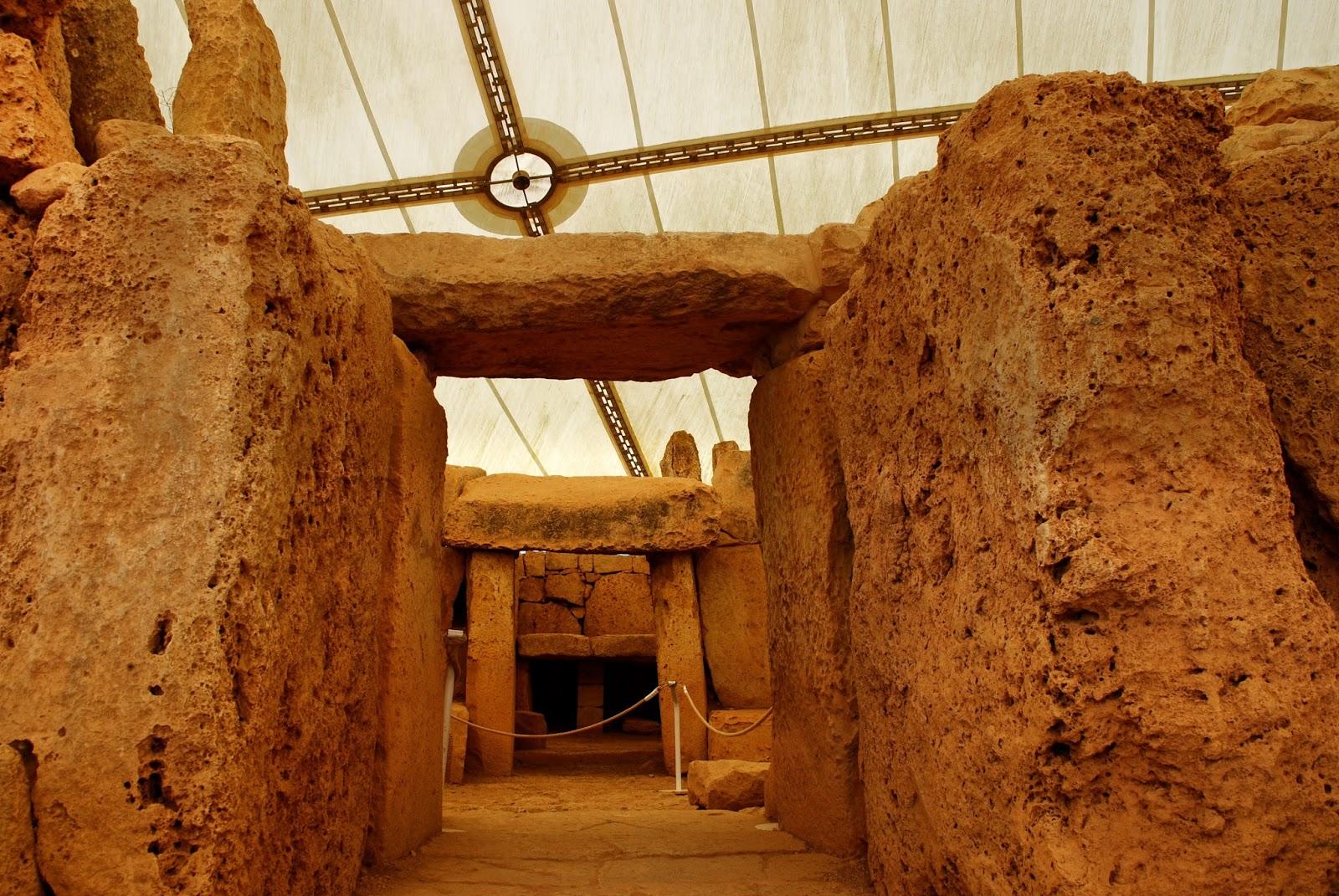 Prehistoric Megalithic Temples of Malta tour : Mnajdra