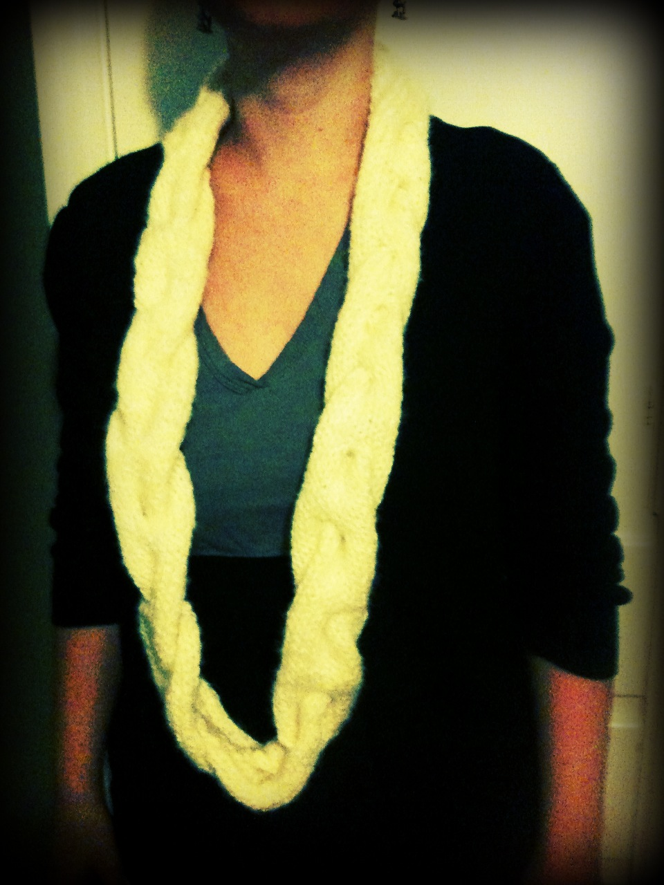 Will Knit for Cake: Braided Cowl - easy knitting pattern