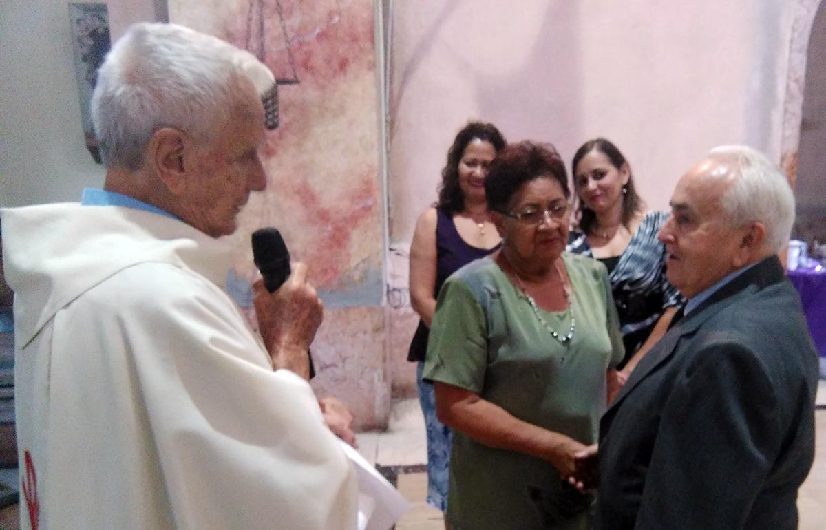 Matrimonio Joven Catolico : El guardián católico ¡sÍ es posible familia gonzález