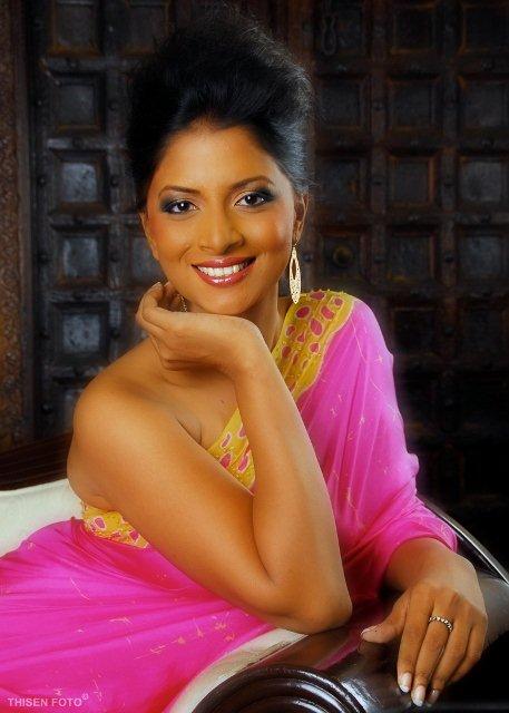 Ishara Sandamini Abeywickrama - කේතකී