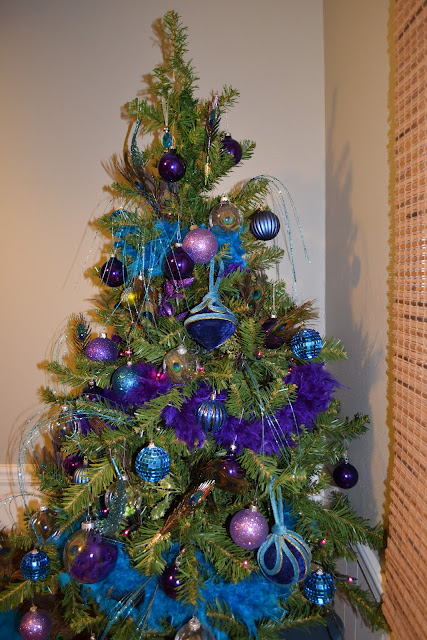 What you make it peacock themed christmas tree - Blue themed christmas tree ...