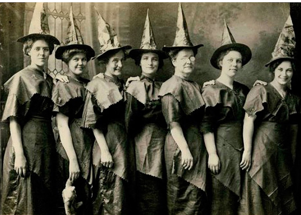 WITCH CRAFTS