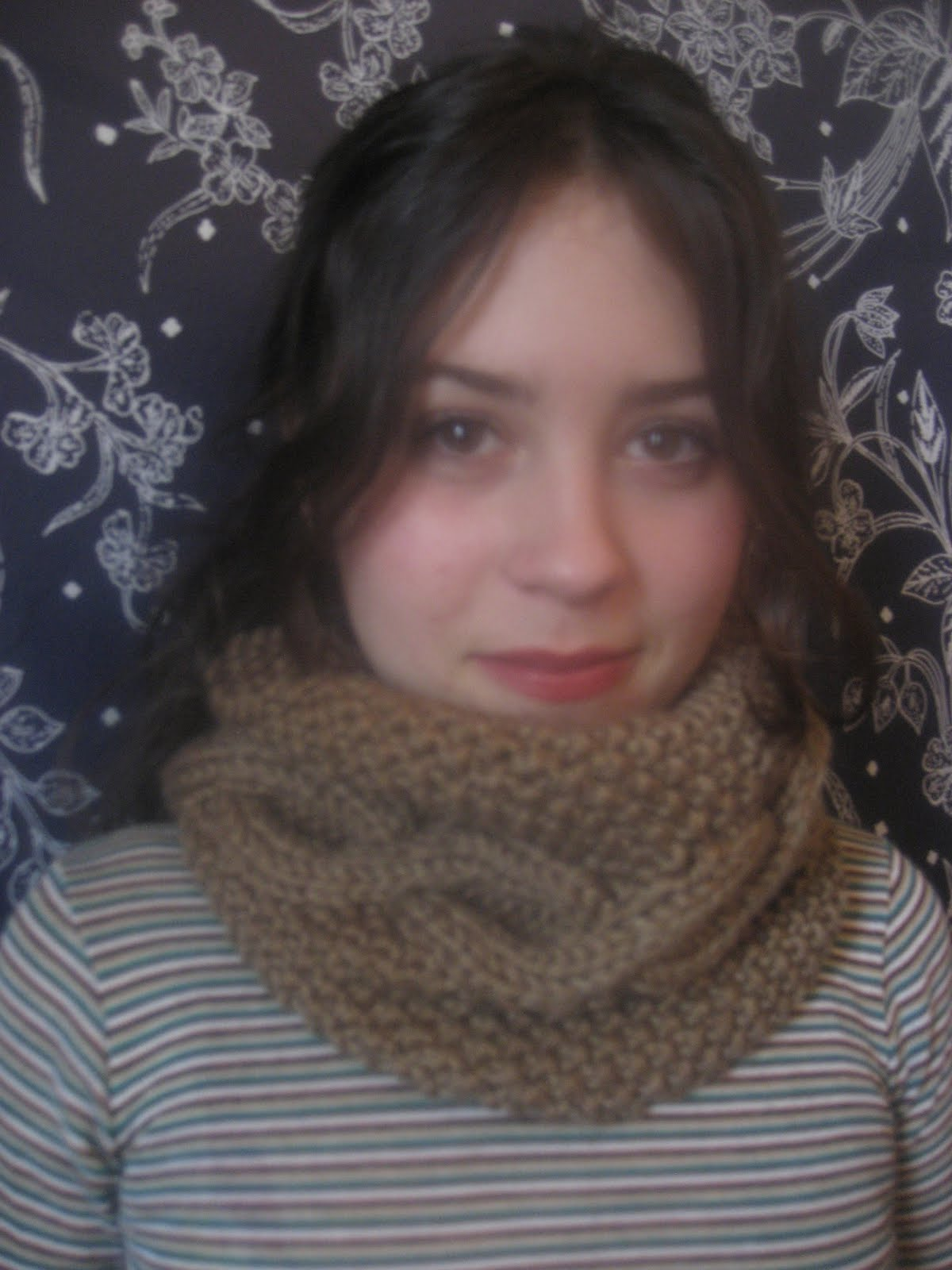 Snood Pattern Simple Decorating Design