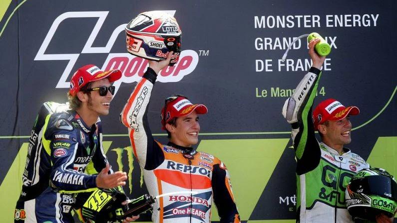 Márquez gana también en Le Mans y sigue batiendo records