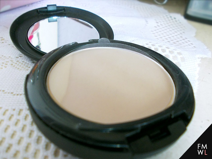 Ever Bilena Powder Foundation with UV/UVB