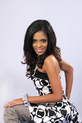 Menaka Maduwanthi sexy