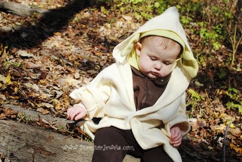 Star Wars Family Costume Ideas - Wicket the Ewok, Yoda, & Princess Leia Cosplay Costumes