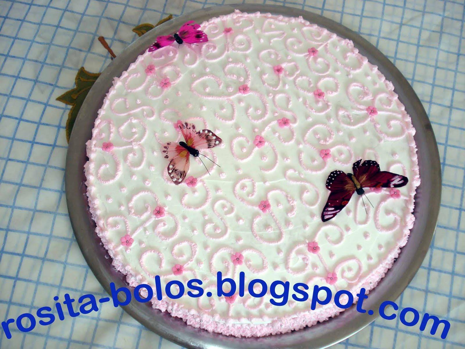 Blog da rosita bolo chantilly borboletas trabalho feito com minha bolo chantilly borboletas trabalho feito com minha cumadre eliana altavistaventures Image collections
