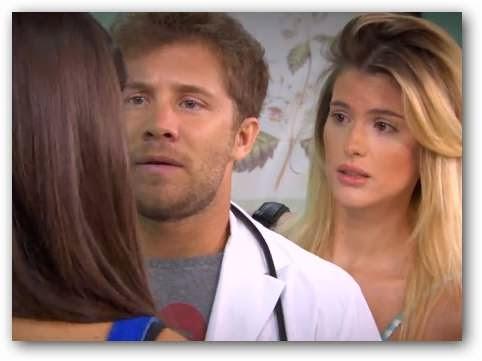 Mientras Lucía junto a Benito seleccionaban los recuerdos