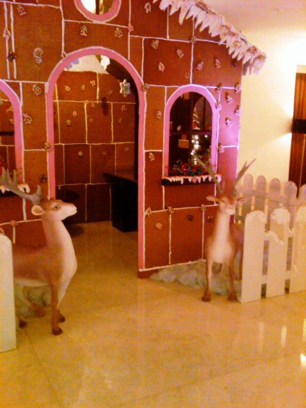Dekorasi styrofoam dekorasi natal 3d for Dekorasi lebaran hotel