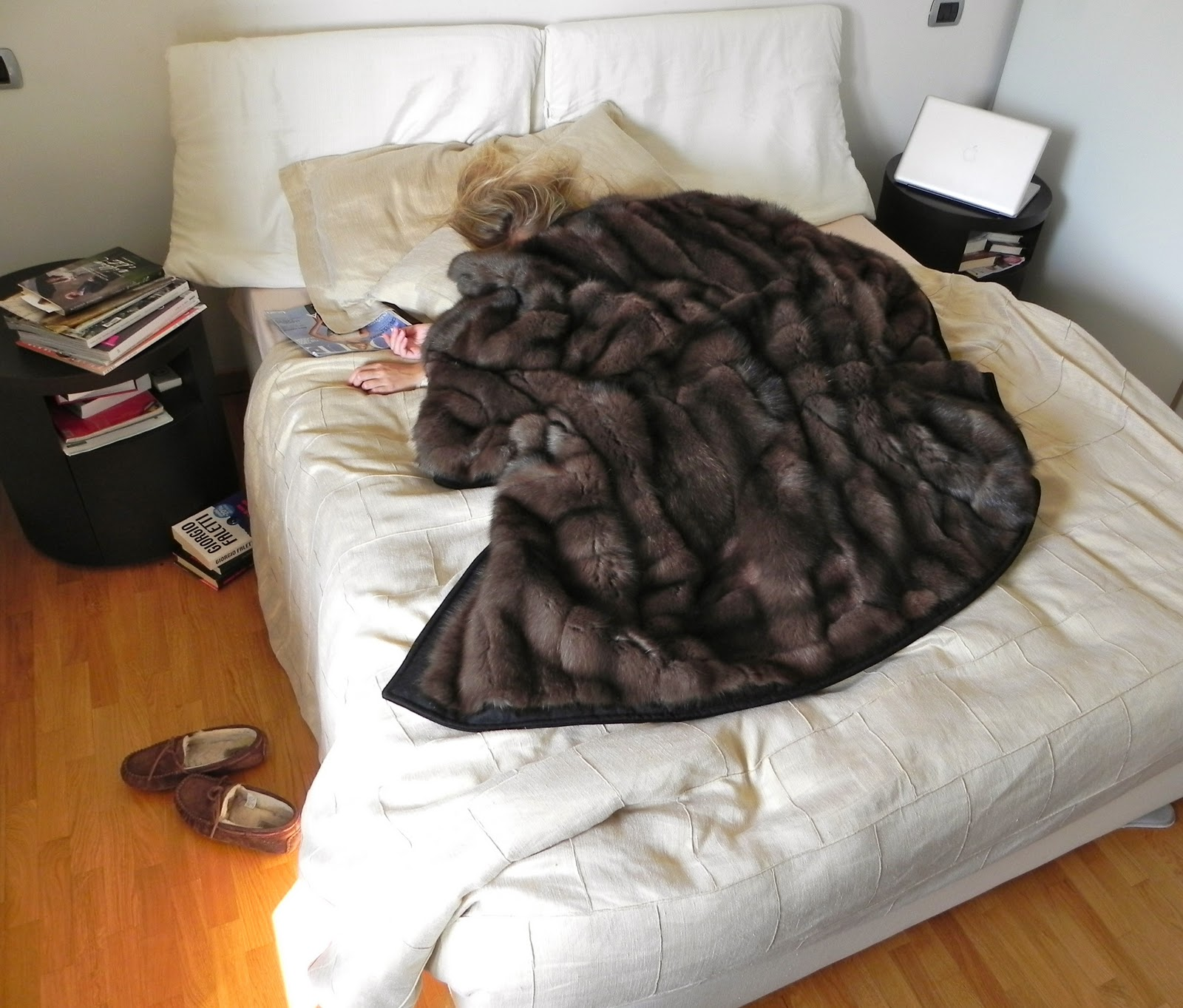 1000 Images About Fur Blanket On Pinterest: 1000+ Images About Bed On Pinterest