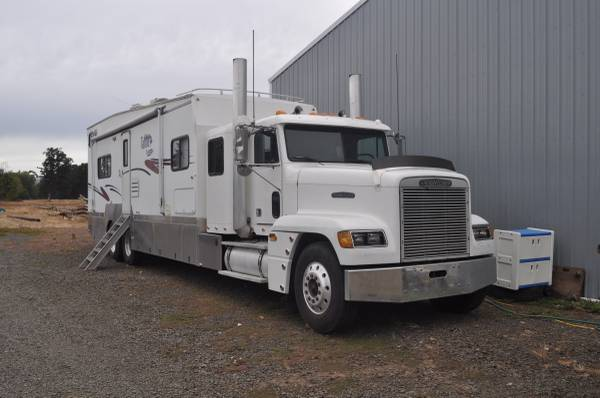 Used RVs Toyhauler Conversion Truck For Sale by Owner
