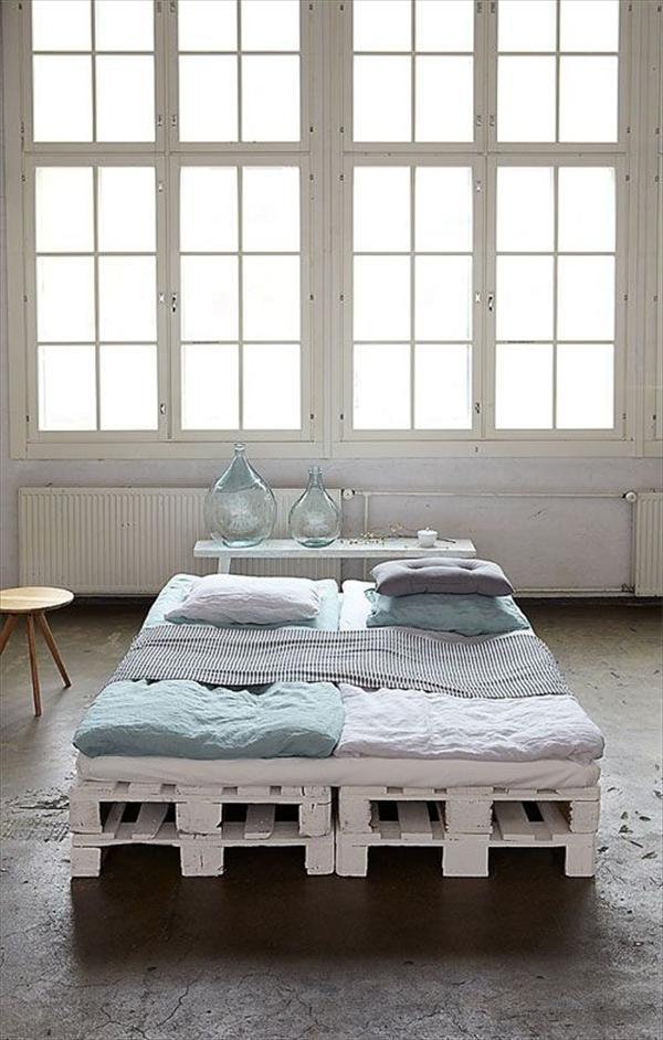 desain tempat tidur industrial
