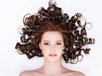 Was ist die Lösung gegen kräuselndes Haar