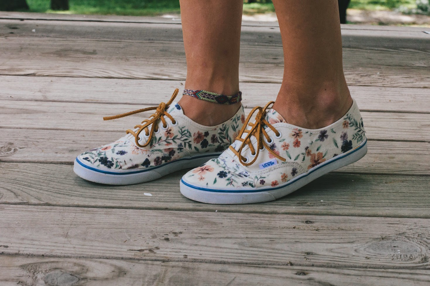 Always rooney july 2014 floral vans restyle diy solutioingenieria Image collections